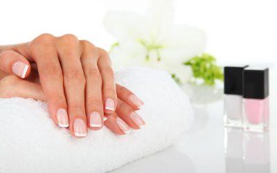18023076 - fingernail - manicure